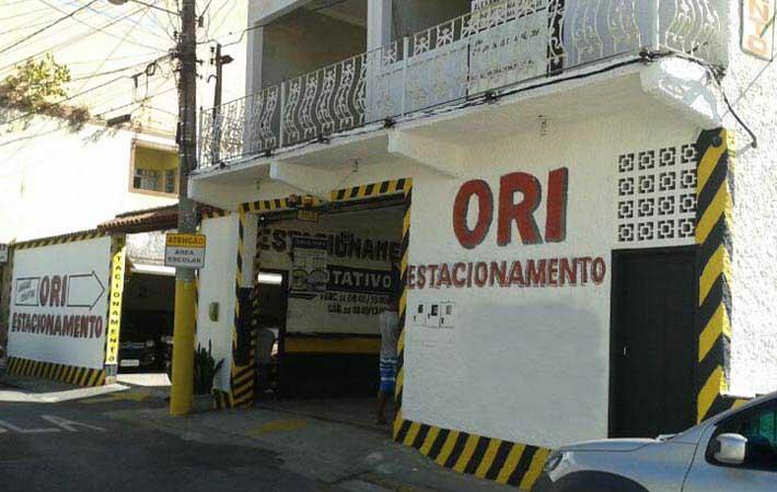 Galeria de fotos Estacionamento Ori