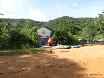 Trilha T08 – Praia de Araçatibinha - Ilha Grande - RJ