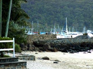 Vista para a praia do Abraão - Ilha Grande - RJ