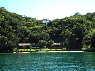 Praia da Guaxuma- Ens. do Abraão - Ilha Grande RJ