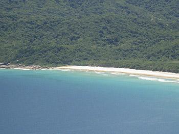Início da Praia de Lopes Mendes