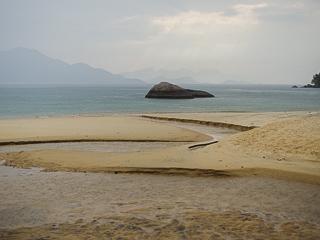 O encontro do Riacho Camiranga com o mar, rende lindas fotos!
